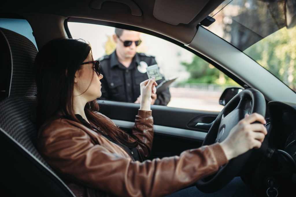 vehicle registration required when police pull over